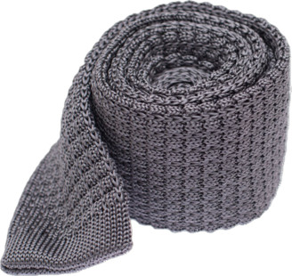 The Tie Bar Textured Solid Knit