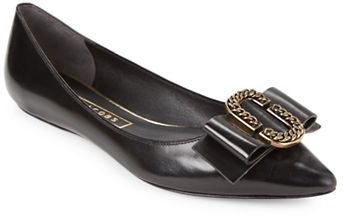 Marc JacobsMarc Jacobs Interlock Point Toe Leather Flats