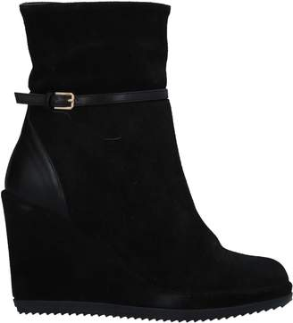 FRIDA Ankle boots