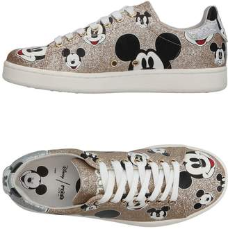 MOA MASTER OF ARTS Low-tops & sneakers - Item 11359178NU