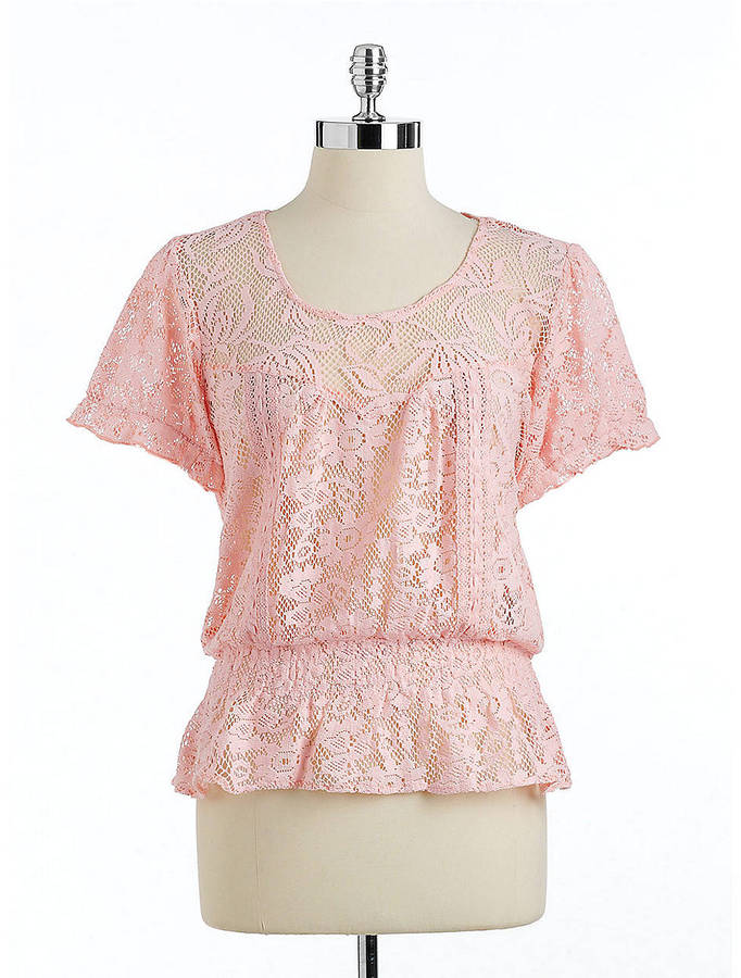VINTAGE AMERICA Kacy Lace Peasant Top