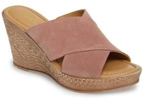 Bella Vita Edi Wedge Sandal