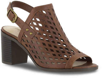 Easy Street Shoes Erin Sandal - Women's