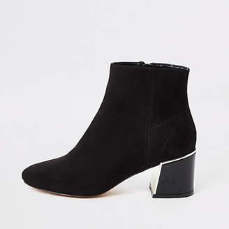 River Island Black faux suede block heel wide fit boots
