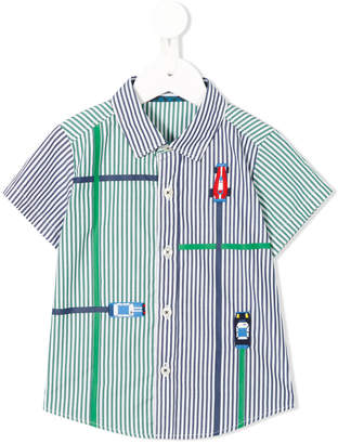 Familiar embroidered short-sleeved shirt