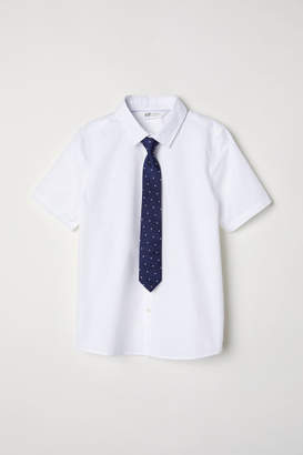 H&M Shirt with Tie/Bow Tie - White