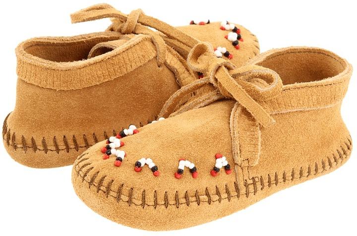 Minnetonka Kids - Beaded Ankle Boot (Toddler/Youth) (Tan Suede) - Footwear