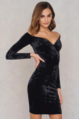 Na Kd Party Off Shoulder Velvet Dress