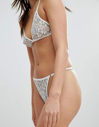 PrettyLittleThing Contrast Lace Thong