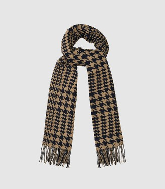 Reiss Payne - Dogtooth Checked Scarf in Black/ Camel