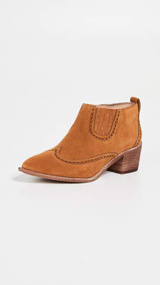 Madewell The Grayson Brogue Chelsea Booties