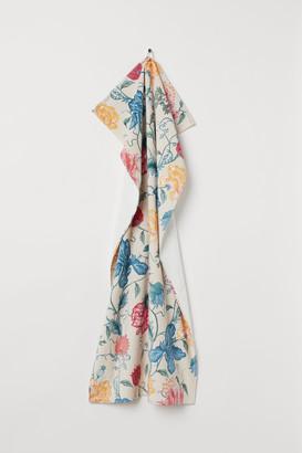 H&M Patterned bath towel