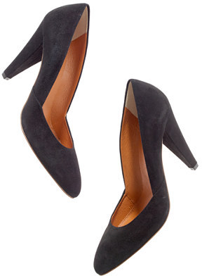 The Film Noir Pump in suede