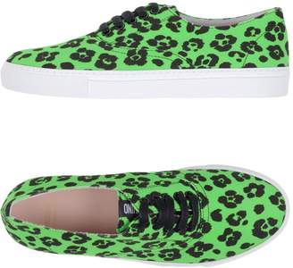Moschino Cheap & Chic MOSCHINO CHEAP AND CHIC Low-tops & sneakers - Item 11301763BN