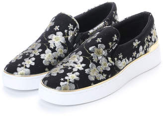 GUESS (ゲス) - ゲス GUESS DEANDA SLIP-ON SNEAKERS