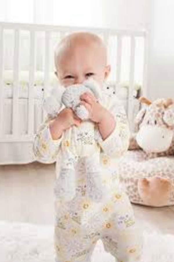 DEMDACO Elephant Pajama Set