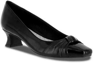 Easy Street Shoes Waive Pump - Women's