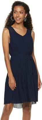 Women's Nina Leonard Accordion-Pleat Chiffon Dress