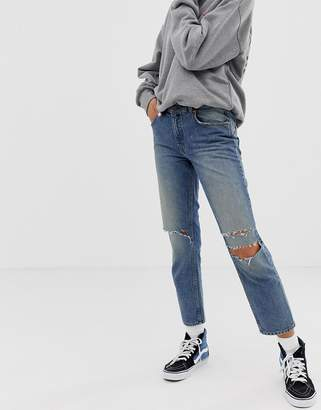 Cheap Monday revive 90s crop jean with recycled & organic cotton