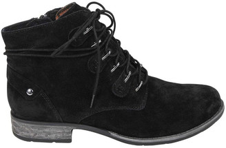 Earth Boone Black Boot