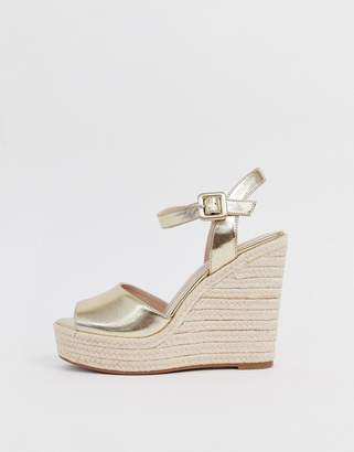 Aldo Ybelani platform heeled sandals in gold