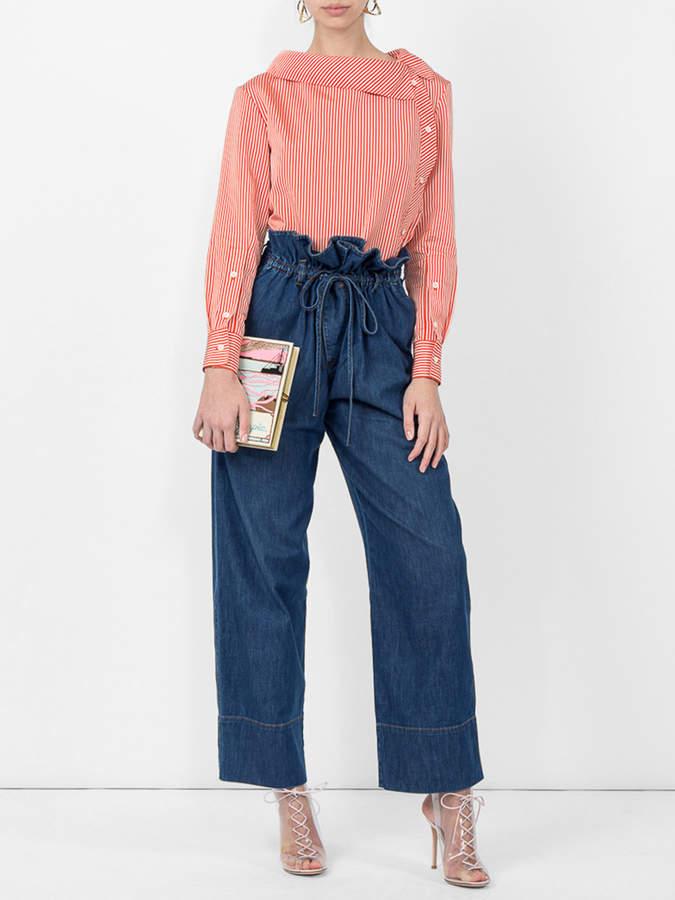 High waisted voluminous jeans
