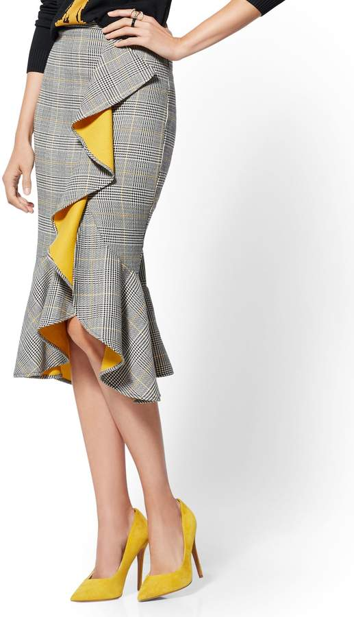 New York & Company 7th Avenue - Petite Plaid Ruffled Wrap Skirt