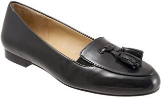 Trotters Ballet Style Flats - Caroline