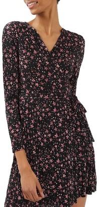 Women's Topshop Star Plisse Wrap Dress $70 thestylecure.com