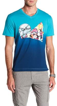 Robert Graham Into the Wind Graphic V-Neck Tee