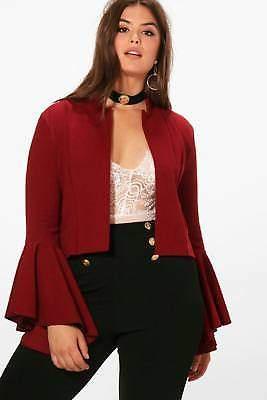 Damen Plus Emily Kurze Jacke mit ausgestellten Ärmeln in Weinrot größe 42