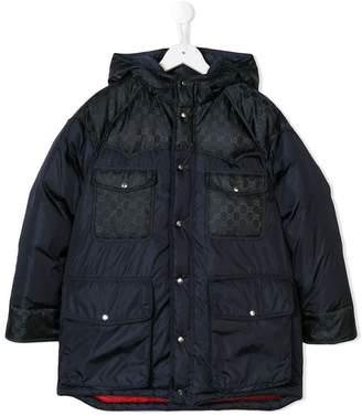 Gucci (グッチ) - Gucci Kids logo print padded coat