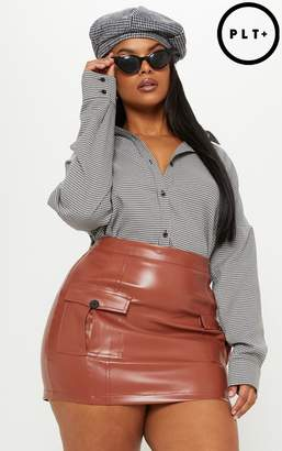 PrettyLittleThing Plus Black Faux Leather Cargo Pocket Front Mini Skirt