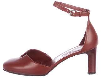 Hermes Lady Leather Pumps
