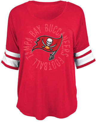 5th & Ocean Women Tampa Bay Buccaneers Circle Logo T-Shirt