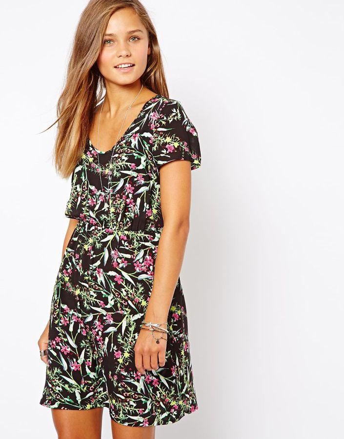 Vero Moda Scoop Neck Dress In Bright Floral Print