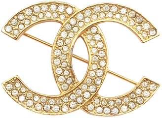 Chanel Vintage Gold Metal Pins & brooches