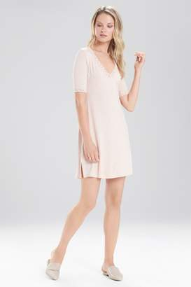 Natori Feathers Essential Sleepshirt