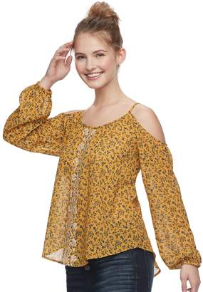 Juniors' Rewind Floral Embroidered Cold-Shoulder Top