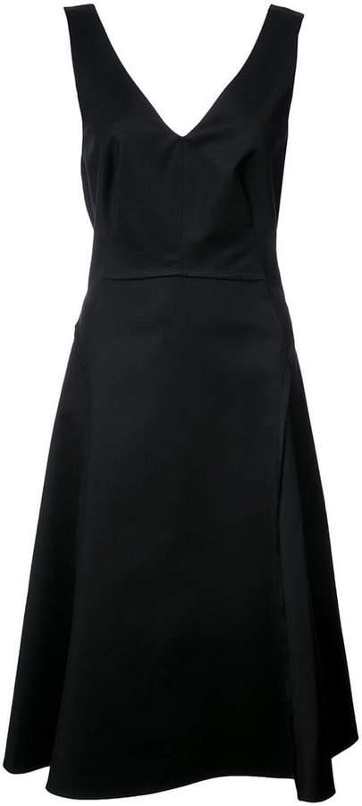 Dorothee V-neck flared dress