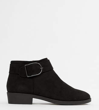 New Look flat chelsea boot with buckle detail