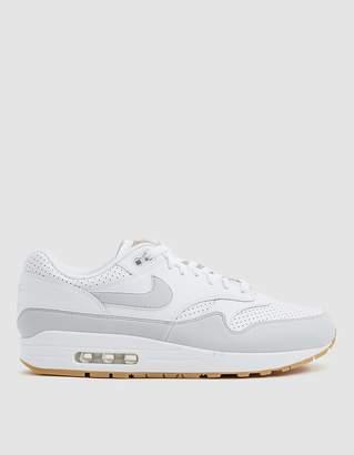 Nike 1 Sneaker in White/Pure Platinum
