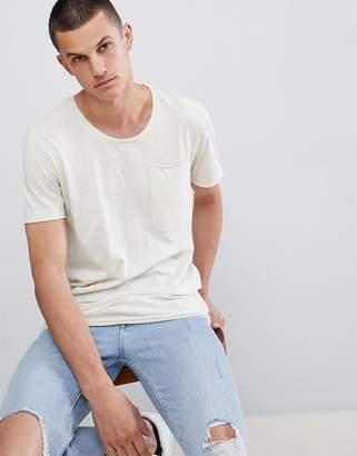 Jack and Jones Originals Longline T-Shirt With Drop Panel And Pocket
