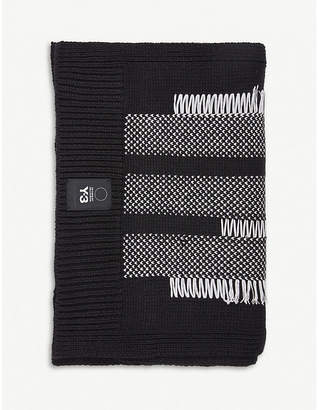 Y-3 Y3 Contrast-detail knitted scarf