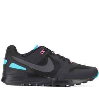 Nike Pegasus '89 sneakers