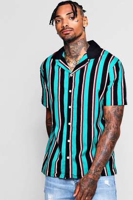 boohoo Vertical Stripe Revere Short Sleeve Shirt