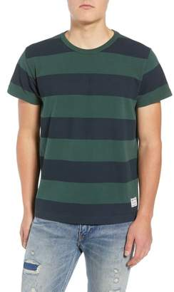 Levi's Stripe T-Shirt