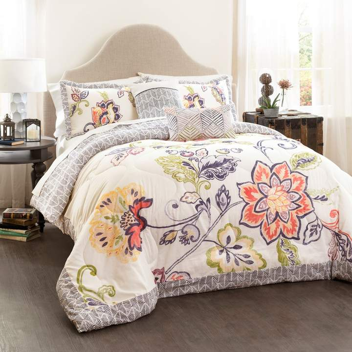 Aster 5-piece Quilted Bed Set