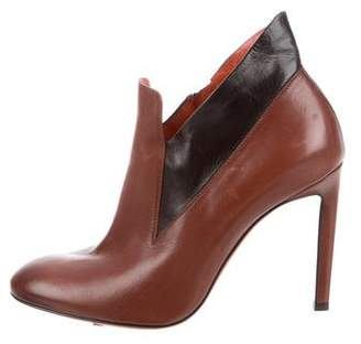Santoni Leather Round-Toe Ankle Boots
