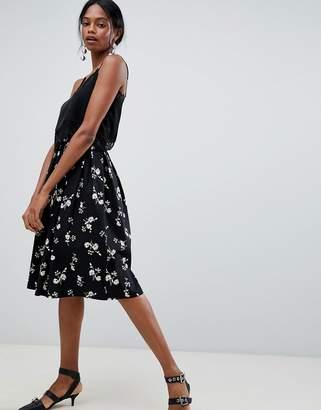 Liquorish Floral Pleated Prom Skirt